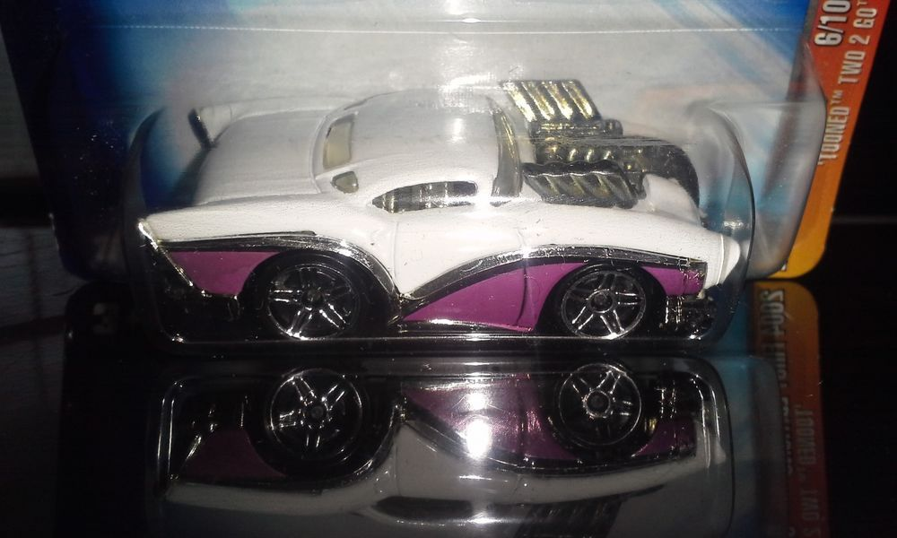 HOT WHEELS 2004 FIRST EDITIONS TOONED  TWO 2 GO