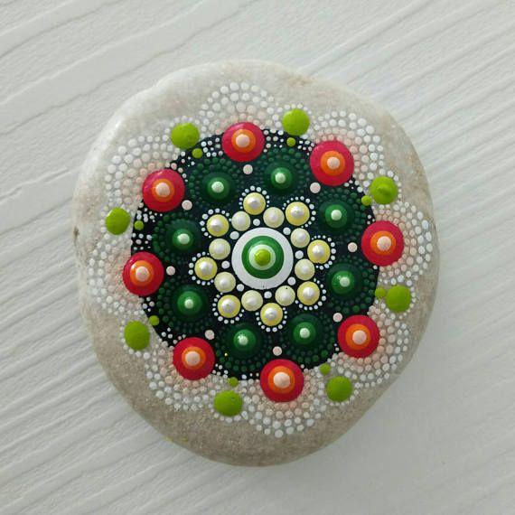 Big Dot Kunst Mandala malte Stein Fee Garten Geschenk Dekoration