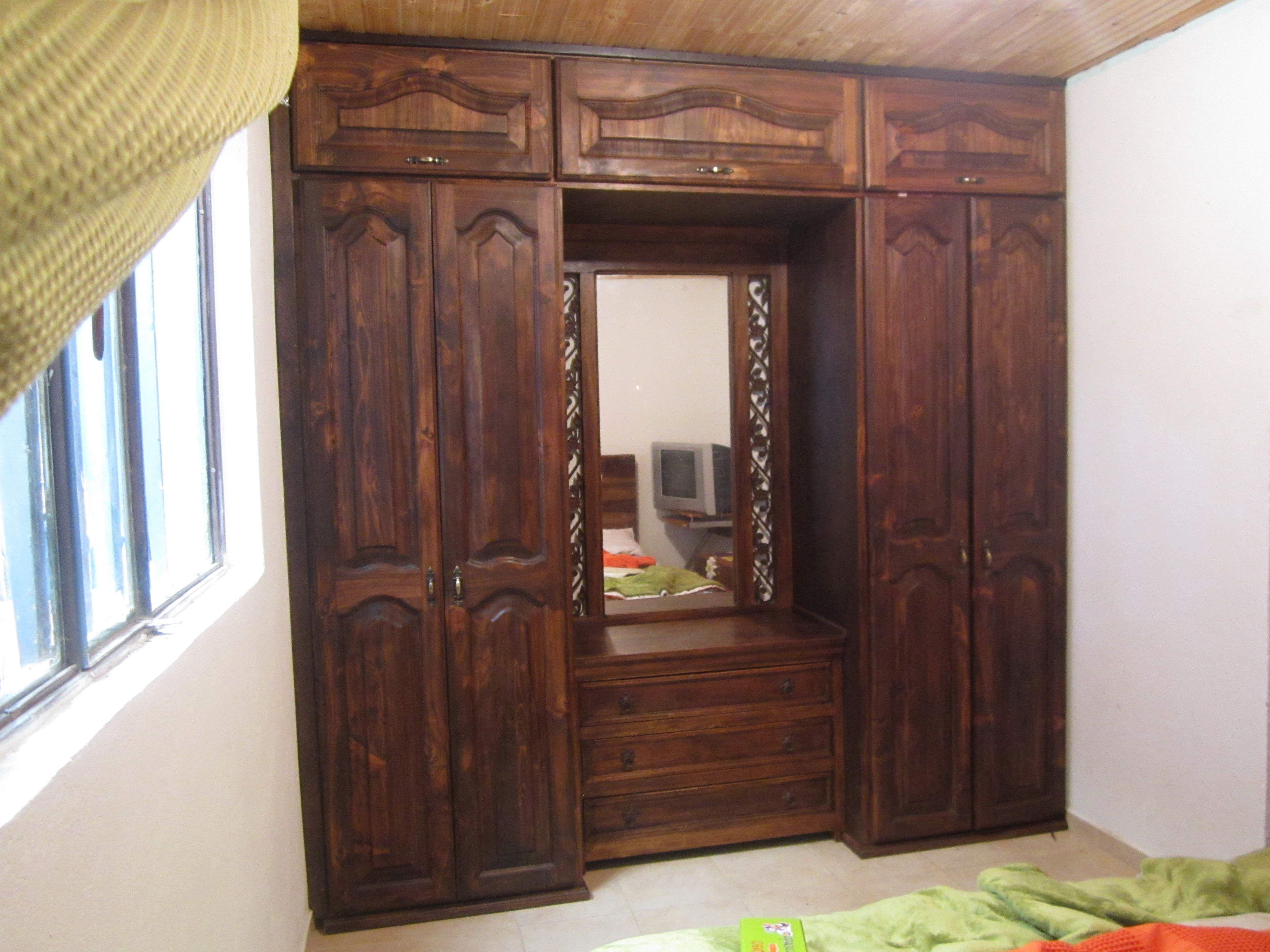 Closet en madera muebles y decoraci n pinterest for Decoracion closet en madera