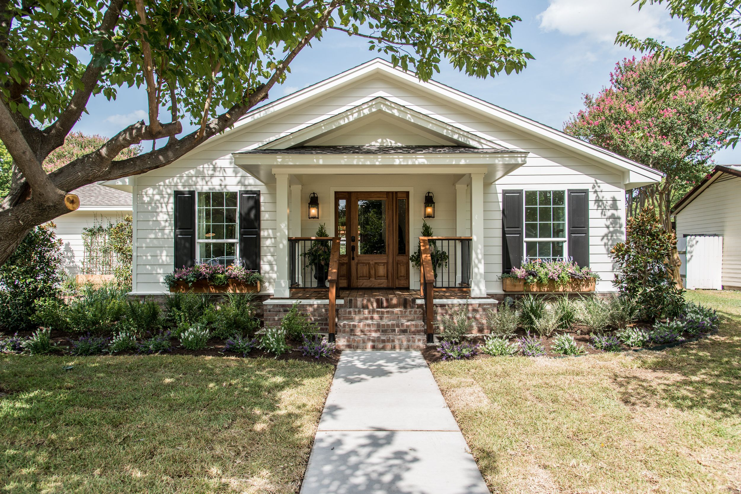 Season 4 Fixer Upper Episode 5 Chip Joanna Gaines The Graham House Waco Tx