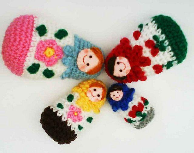 Amigurumi Russian Doll Pattern : Russian matryoshka amigurumi babushka dolls pattern by jenny lloyd
