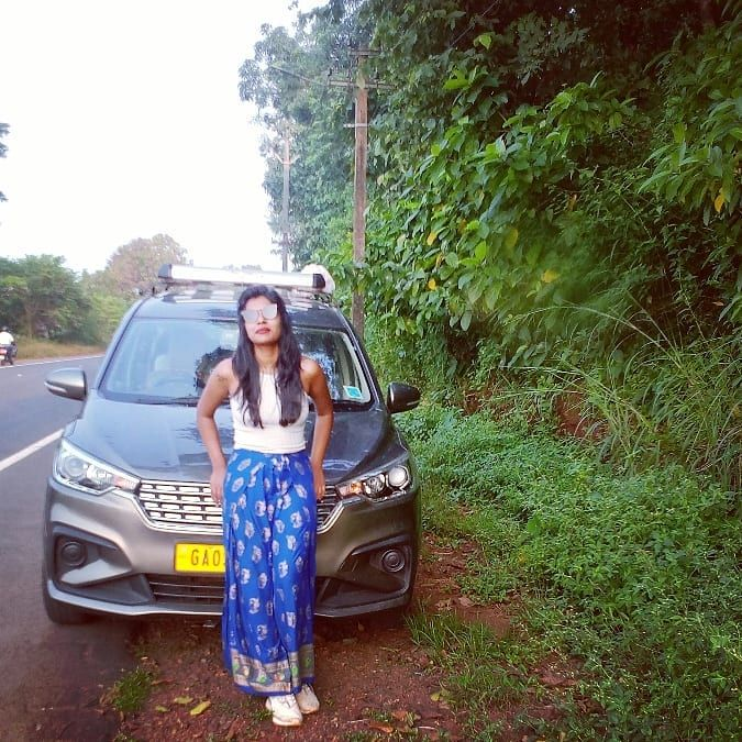 Unhinge💚💙 #nature #travel #white #blue #november #rains #postoftheday #travelphotography #highway #roadtrip #tbt🔙📸 #weekendgetaway #vagator #solo #trips