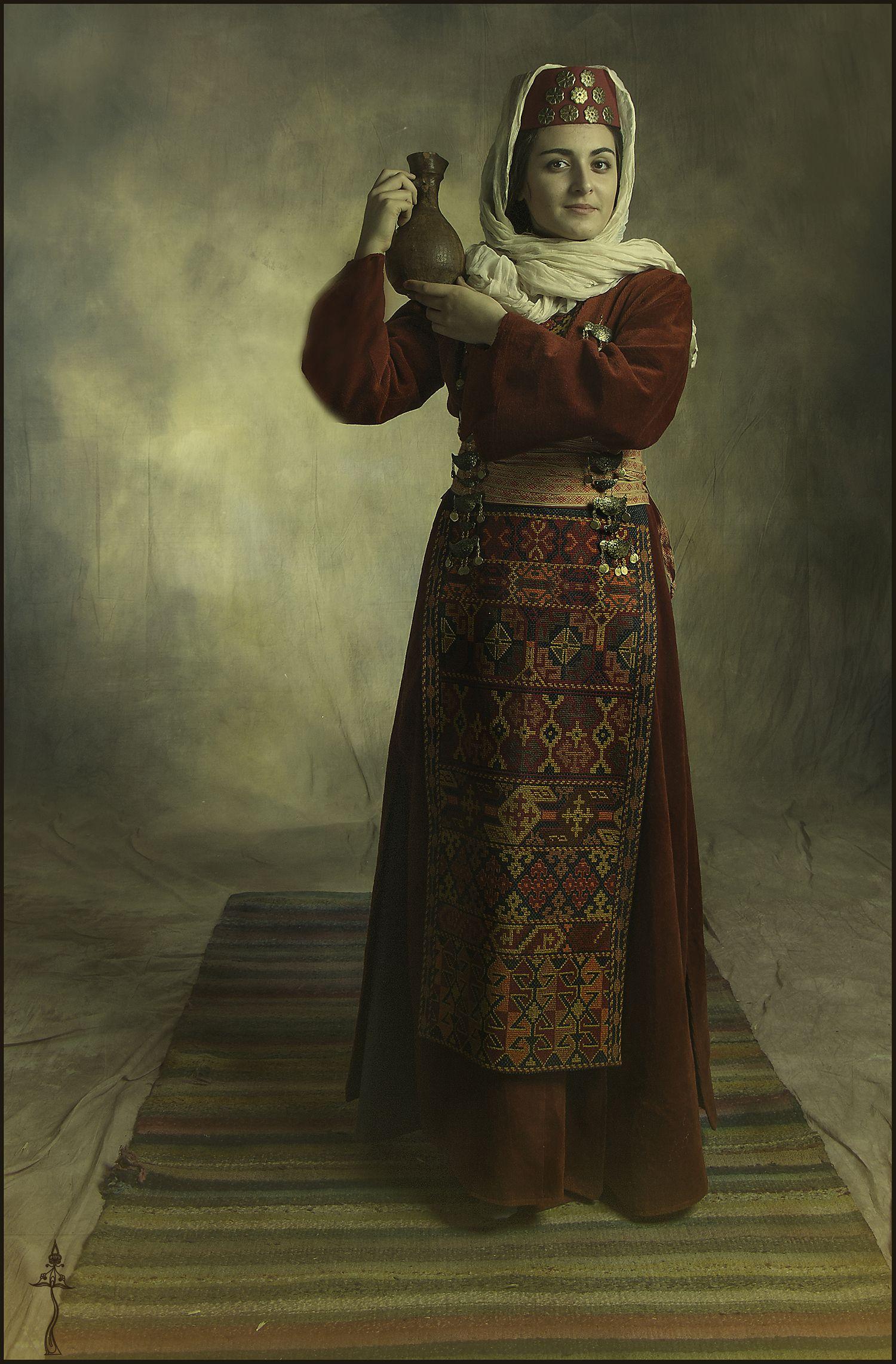 Pin by Robert Levonyan on   Taraz  Ethnic fashion