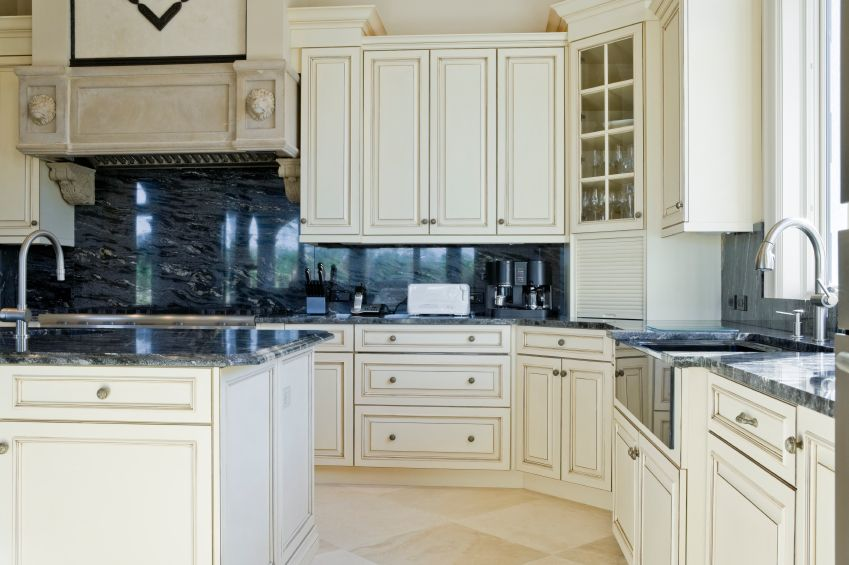 425 white kitchen ideas for 2018 white cupboards marble - Black granite countertops with cream cabinets ...