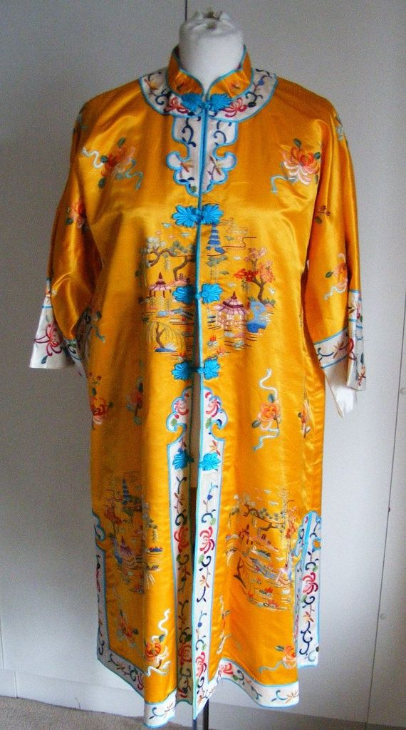 Vintage pure silk Chinese hand embroidered dressing-gown coat opera ...