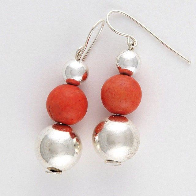 #sterlingsilver & #coral #earrings Such a gorgeous colour! #portfairyjeweller #portfairy #luone #luonejewellery by luonejewellery