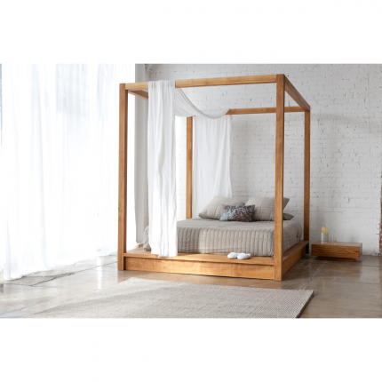 PCH Canopy Bed. Canopy bedis not my thing, but this woodish is amazing!