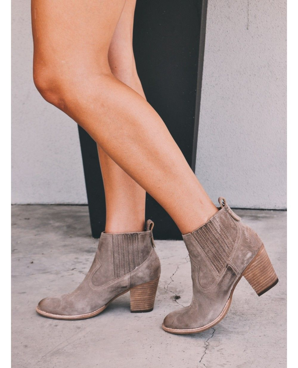 Women's Jones Booties