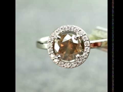 Chinchar/Maloney is a family run business making handmade custom jewelry in Portland, Oregon