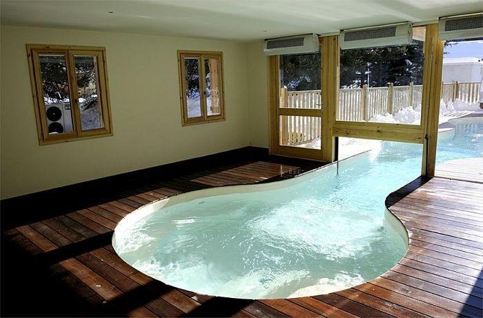Inground concrete swimming pool (indoor/outdoor) | Piscina ...