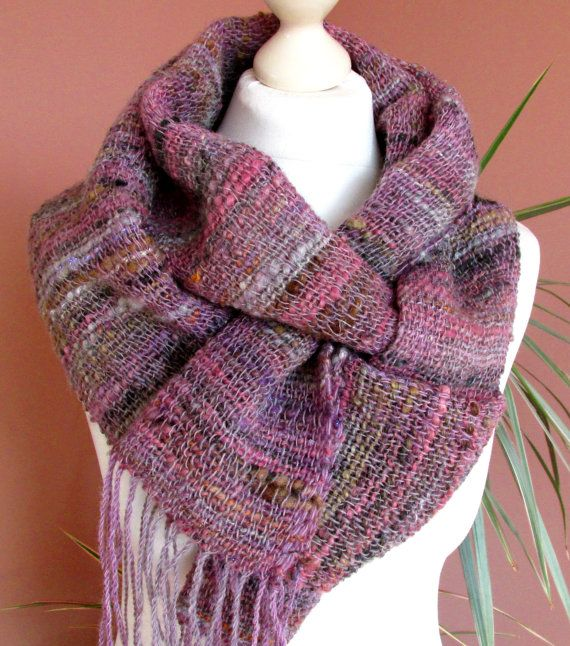Handwoven wool scarf for women in dusty rose mauve pastel colors Handspun  wool and silk long fringed scarf Eco friendly natural wool shawl 84e61fd48b5