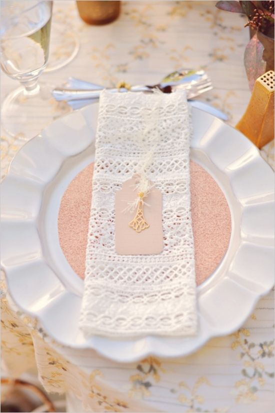 rose gold glitter and gold charms for place settings #placesetting #weddingreception #weddingchicks http://www.weddingchicks.com/2014/04/04/sun-kissed-romantic-wedding/