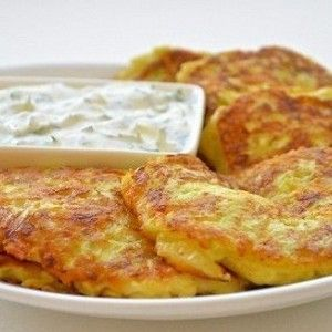оладушки из кабачков рецепт с фото с сыром