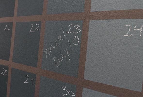 Using chalk paint  any color to make a wall calendarchic