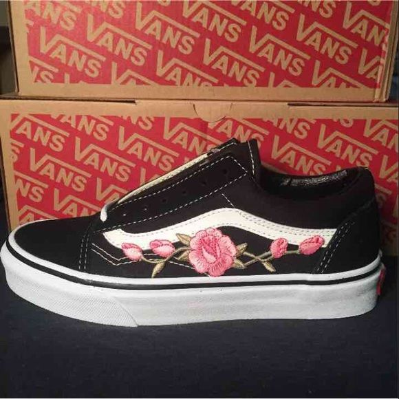 e170dee9c021ed Shop Women s Vans Black Pink size 7 Sneakers at a discounted price at  Poshmark. Description  Size 7 old skool black canvas vans. Brand new  customs with tags ...