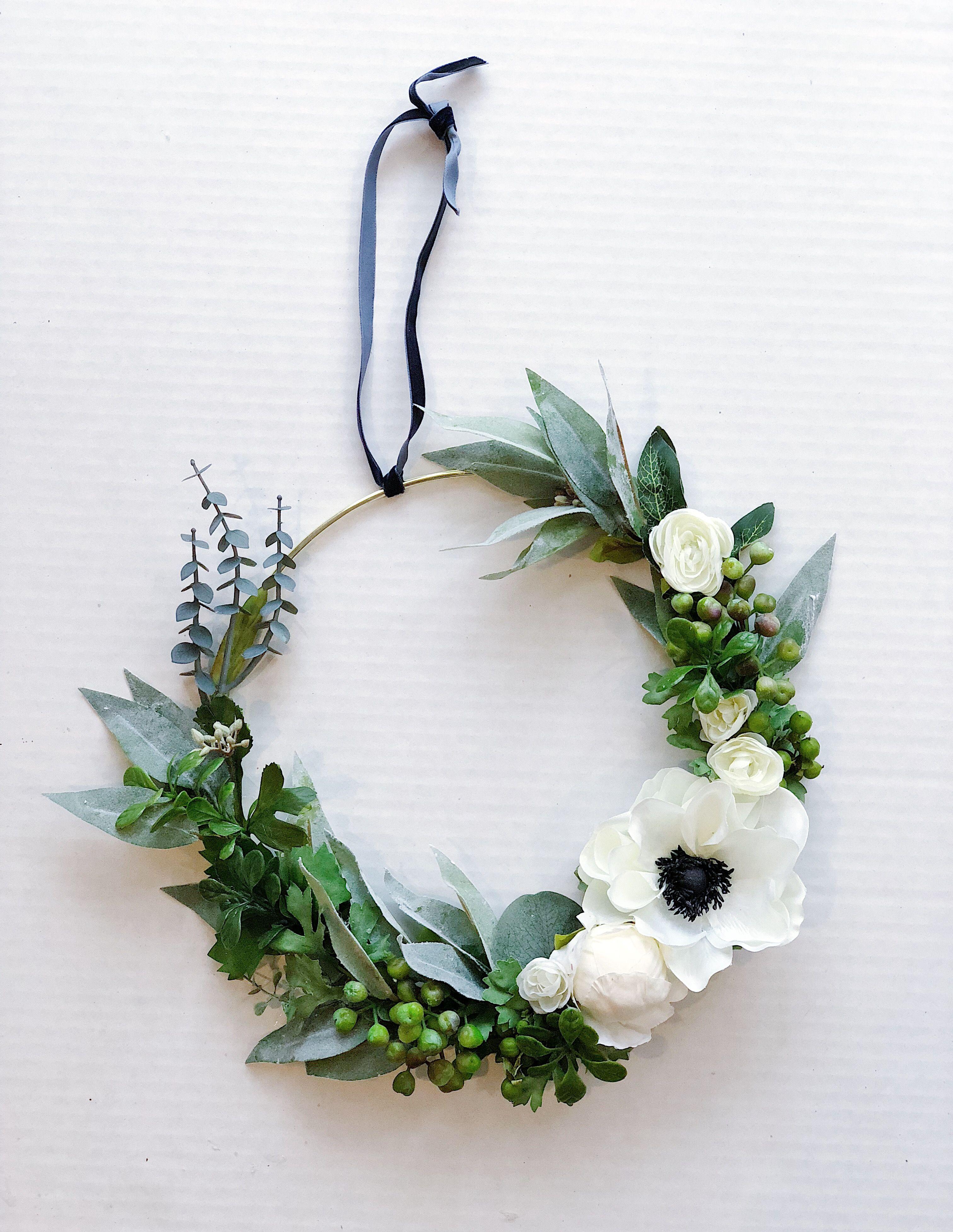 purple and white spring wreath Minimal hoop wreath Boho wedding hoop bouquet Green Succulent Wreath Succulent hoop wreath