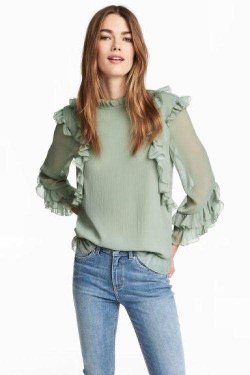 H&M presenta nuevas propuestas para primavera - Moda - Fashion http://es.fashionblogsclub.com/moda/h-038m-presenta-nuevas-propuestas-para-primavera?utm_campaign=crowdfire&utm_content=crowdfire&utm_medium=social&utm_source=pinterest
