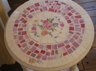 Rundt mosaik bord. | Mosaik | Pinterest