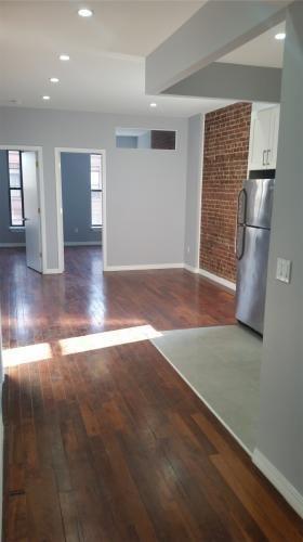 4 Bedroom Rental Listing For Brooklyn Ny 11216 Trulia Com Http Www Trulia Com Rental 3186031638 Multi Family Hom Multi Family Homes Trulia Rental Listings