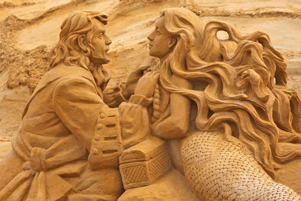 http://www.fansofflanders.be/~/media/Images/Things_To_Do_PWF/23_July_2014/15072014_Sandsculpturefestival/Sandsculpturefest_POST.ashx