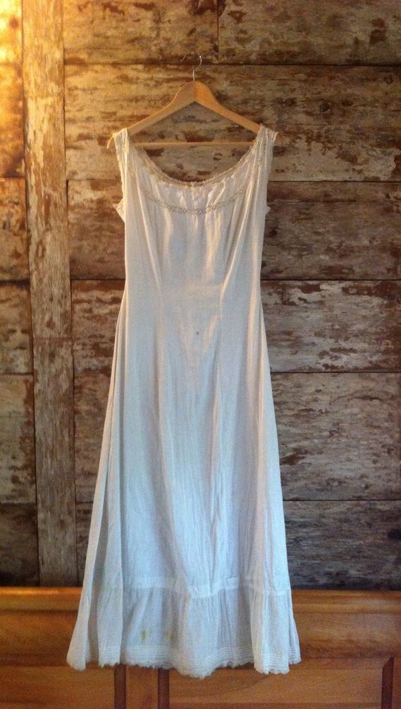 White Dress Vintage French Crocheted linen and cotton night shirt nightgown tunic Pinafore