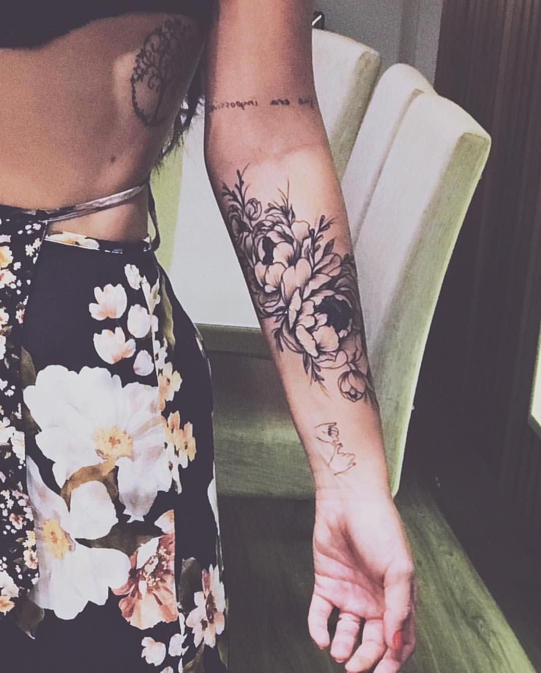 Pin By Carly Lupo On Tats Tattoos Forearm Tattoos Flower