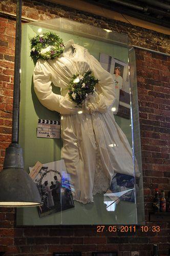 Forrest Gump Jenny Wedding Dress With