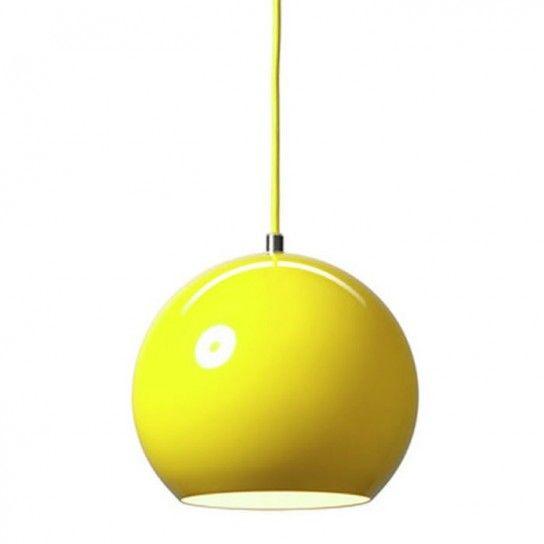 Lampadario giallo , Lampadario a sospensione giallo dalla forma sferica  Menta, Forma, Lampade,