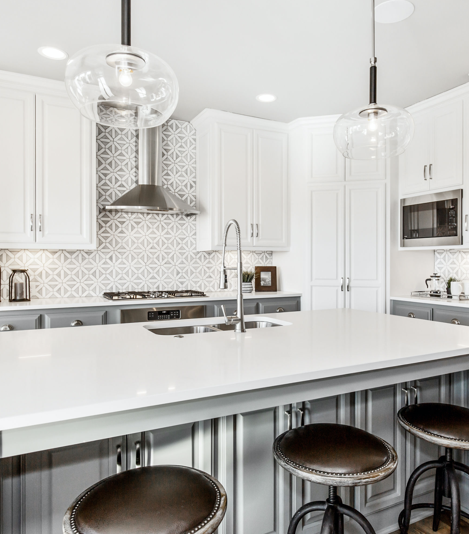 The Azalea By Roeser Homes 25769 W 96th St Lenexa Ks 66227 Canyon Creek Point Our Beautiful Azalea Model H Kitchen Cabinet Color Options Home Home Kitchens