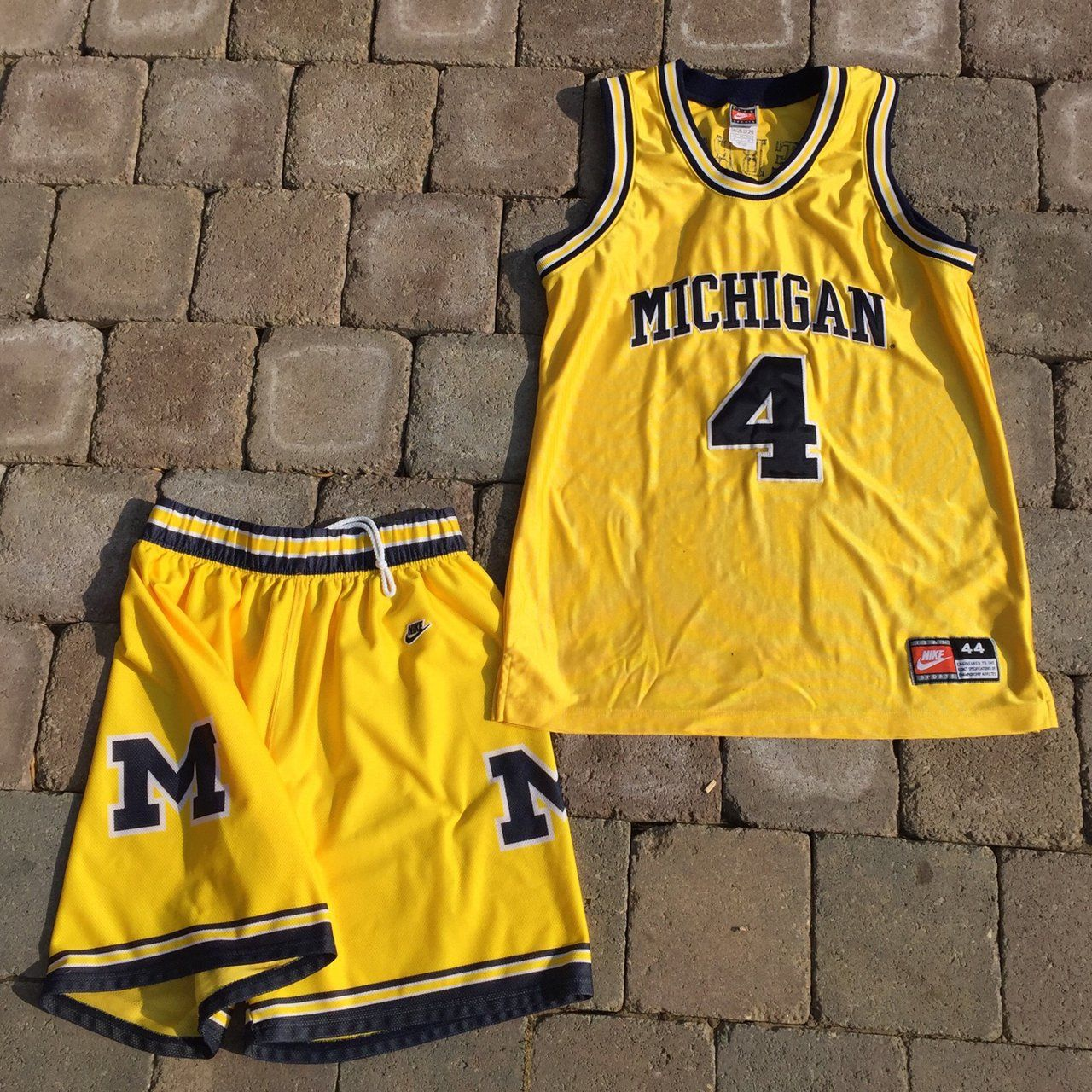 Insane Vintage Nike Chris Webber 4 Michigan Jersey Matching Men S Large Vintage University Of Michigan Shorts Vintage Sportswear Vintage Nike Chris Webber