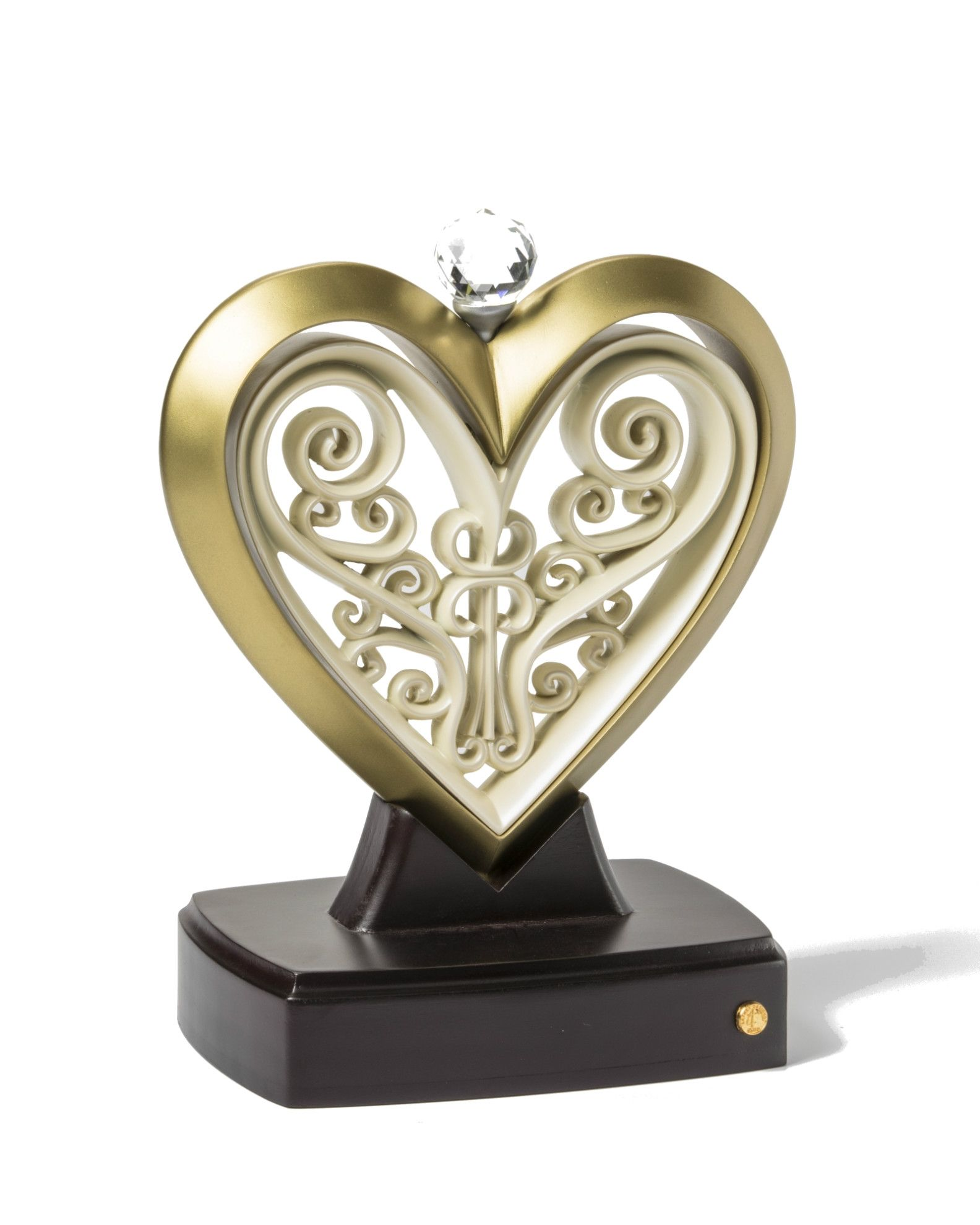 The Unity Heart® Artist Series Champagne and Ivory in 2020