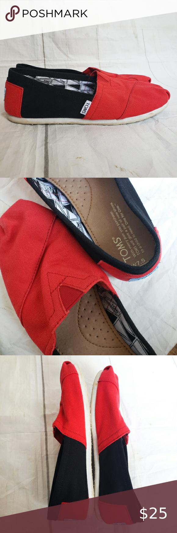 Black slip ons, Canvas shoes