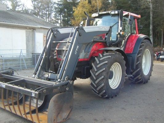 Last but not least, a final pic of a valtra tractor http://www.agriaffaires.co.uk/used/farm-tractor/1/4053/valtra.html enjoy your week-end ! See you on monday