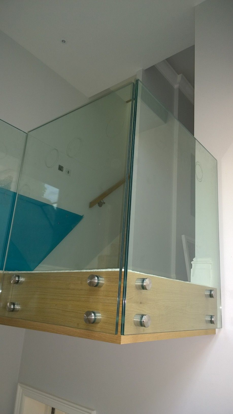 frameless design patch fixing glass landing balustrade. Black Bedroom Furniture Sets. Home Design Ideas