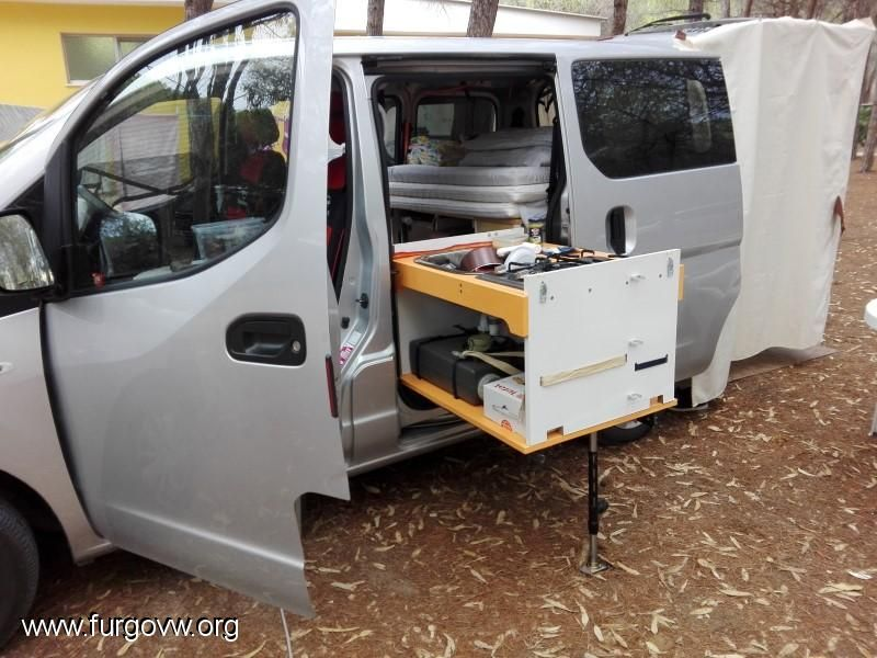 campingbox nissan evalia reisefox nv 200 multi van evalia. Black Bedroom Furniture Sets. Home Design Ideas