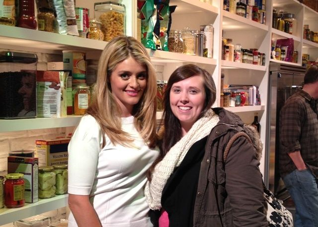 I met Daphne Oz at a live taping of ABCs The Chew! :)