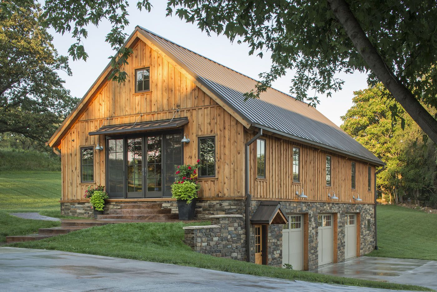 Gorgeous Wood Barn Home With 3 Car Garage Below We Love All The Detail Sand Creek Post Beam Pole Barn House Plans Pole Barn Homes Garage House