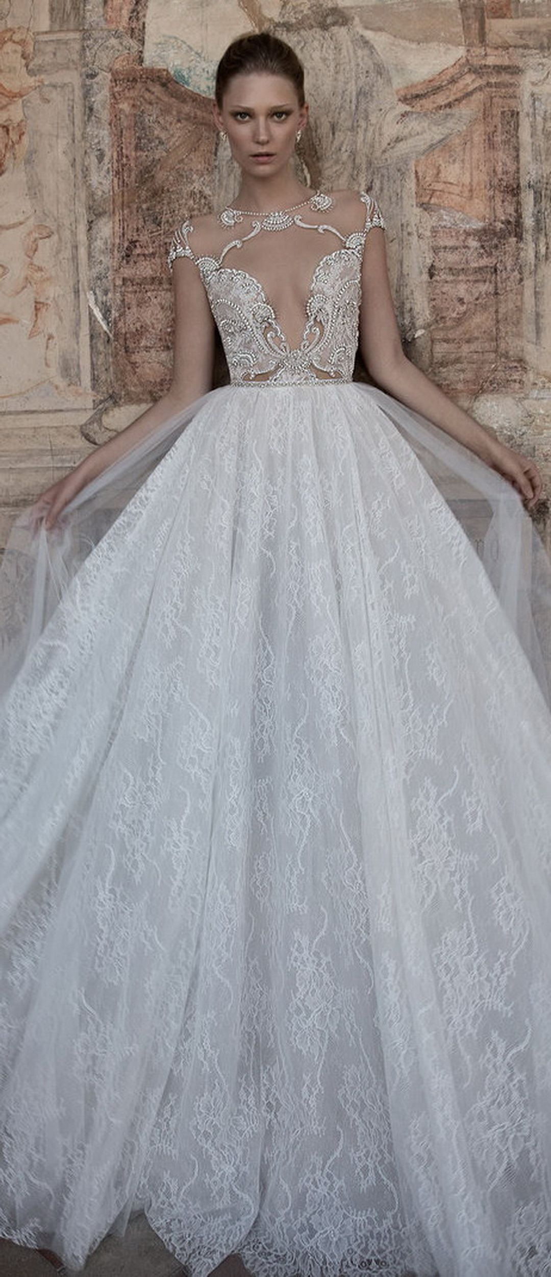👰 25 Regal Wedding Dresses By Alon Livne | Wedding dress, Weddings ...