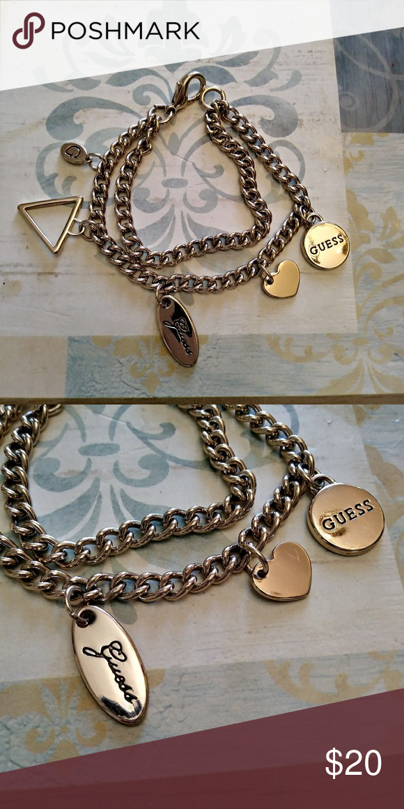 Guess Plated Charmy Bracelet Newer Condition Beautiful Charms Silver Tone Jewelry Bracelets