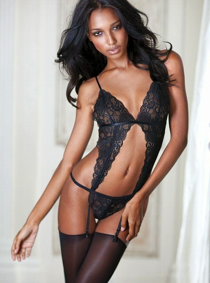 Ebony models in lingerie