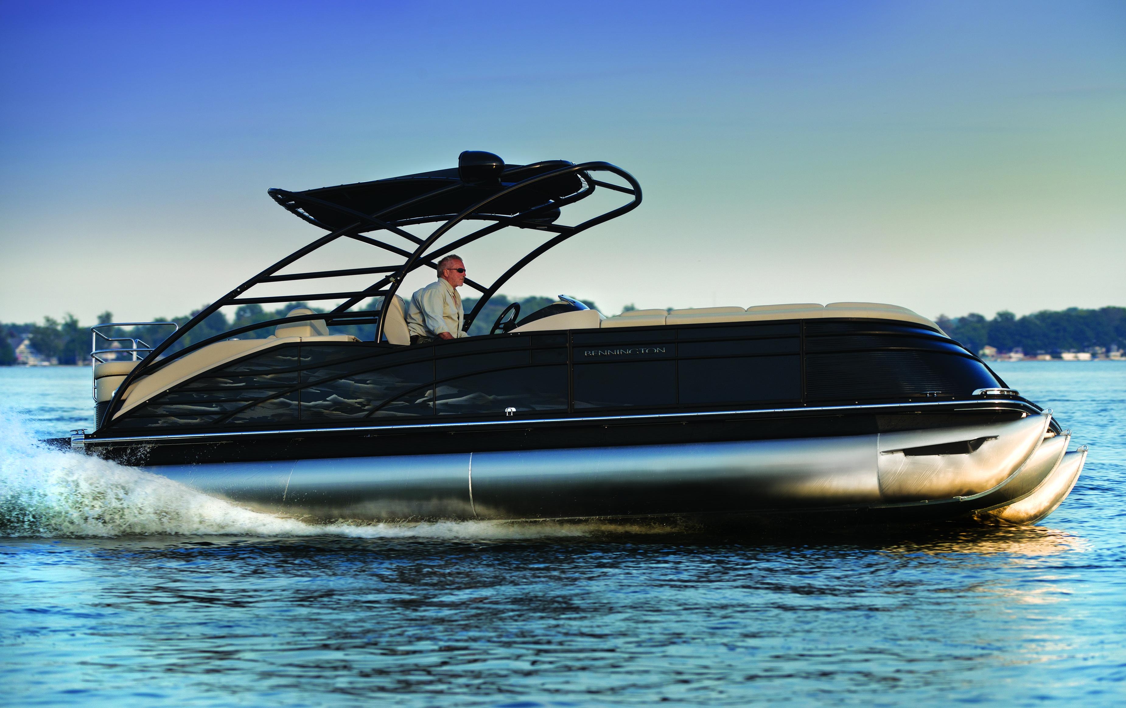 The 2014 Bennington Blackout Edition Pontoon Boat Is Sleek