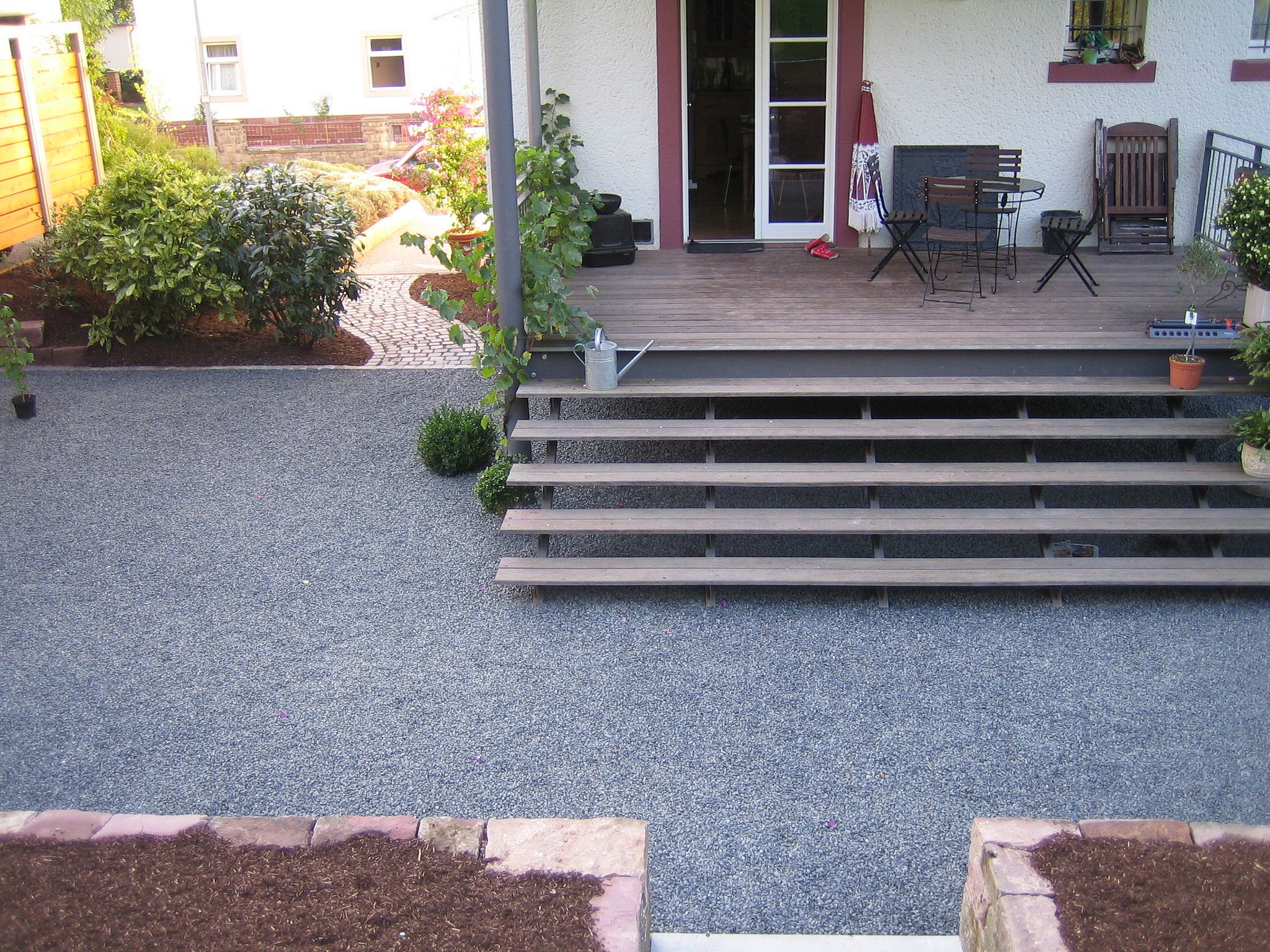 Holzterrasse Mit Stufen Hochparterre-terrasse | Patio Steps, Backyard Design, Yard Design
