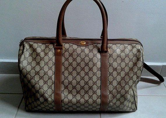 b9f6d27d7611 Vintage Gucci brown GG monogram supreme duffle bag / satchel / travel /  boston bag
