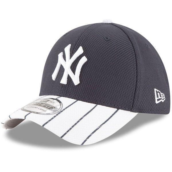 Men S New Era Navy White New York Yankees Diamond Era 39thirty Flex Hat New York Yankees Yankees Navy And White