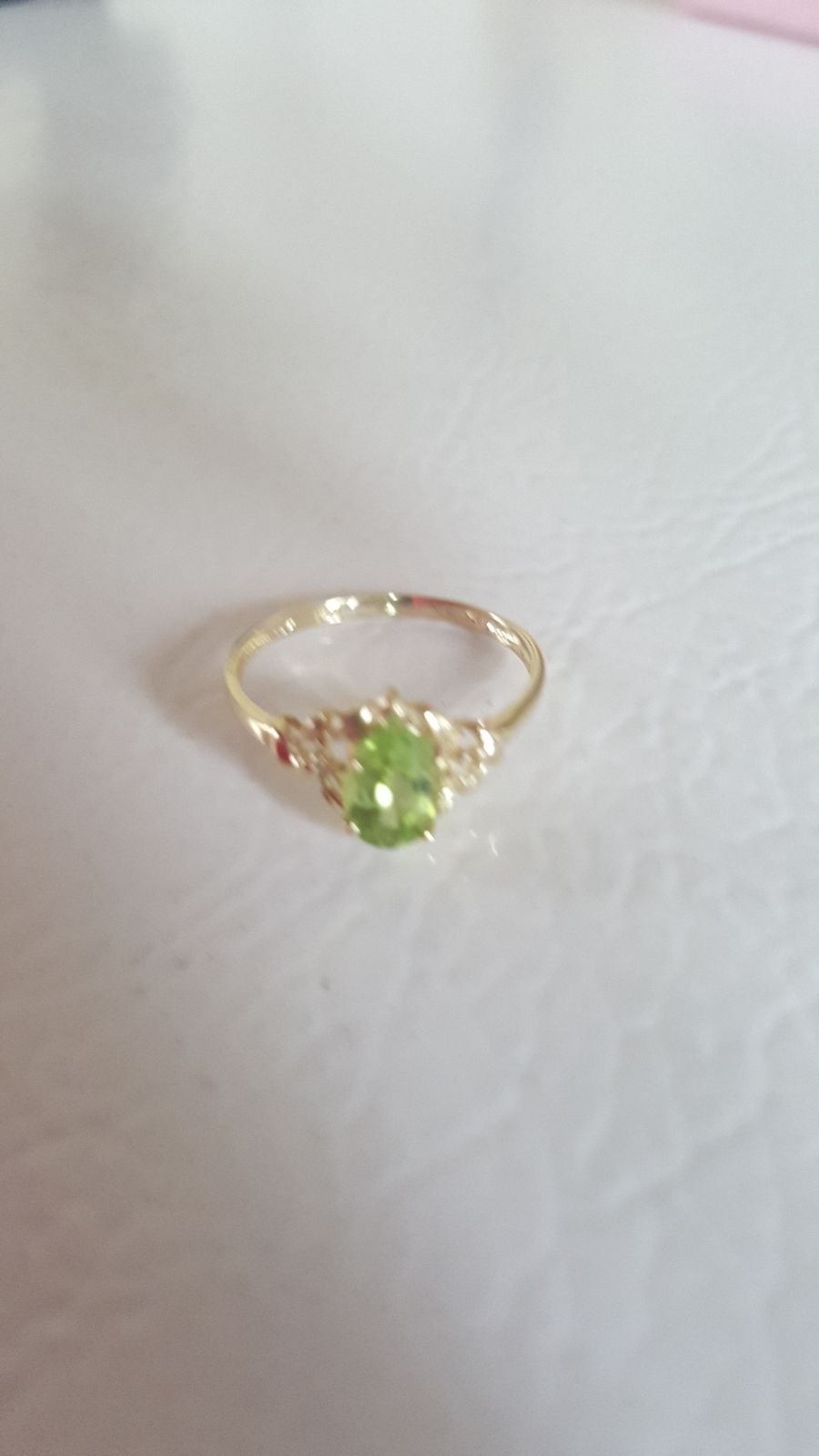 Solid 10kt Gold Genuine Peridot And Natural Diamond Tested Ring Size 7 5 Gold Was Xrayed And Verified As 10kt Diamonds T 10kt Gold Small Rings Stamped Rings