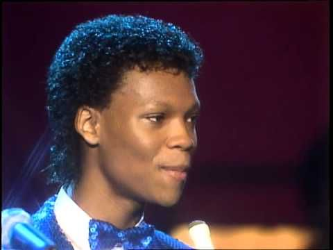 RONNIE'S JHERI CURL IS EVERYTHING