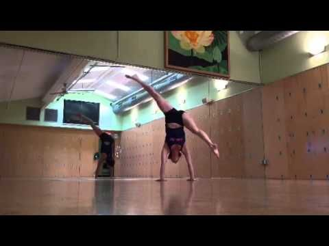 vinyasa yoga teacher jenn c handstands to splits