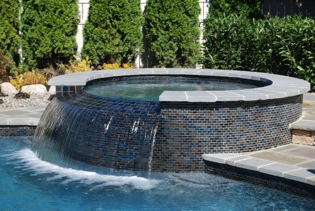 Hottest Trends In Pool Design For 2016 Pool Designs Swimming Pool Waterfall Swimming Pool Remodeling