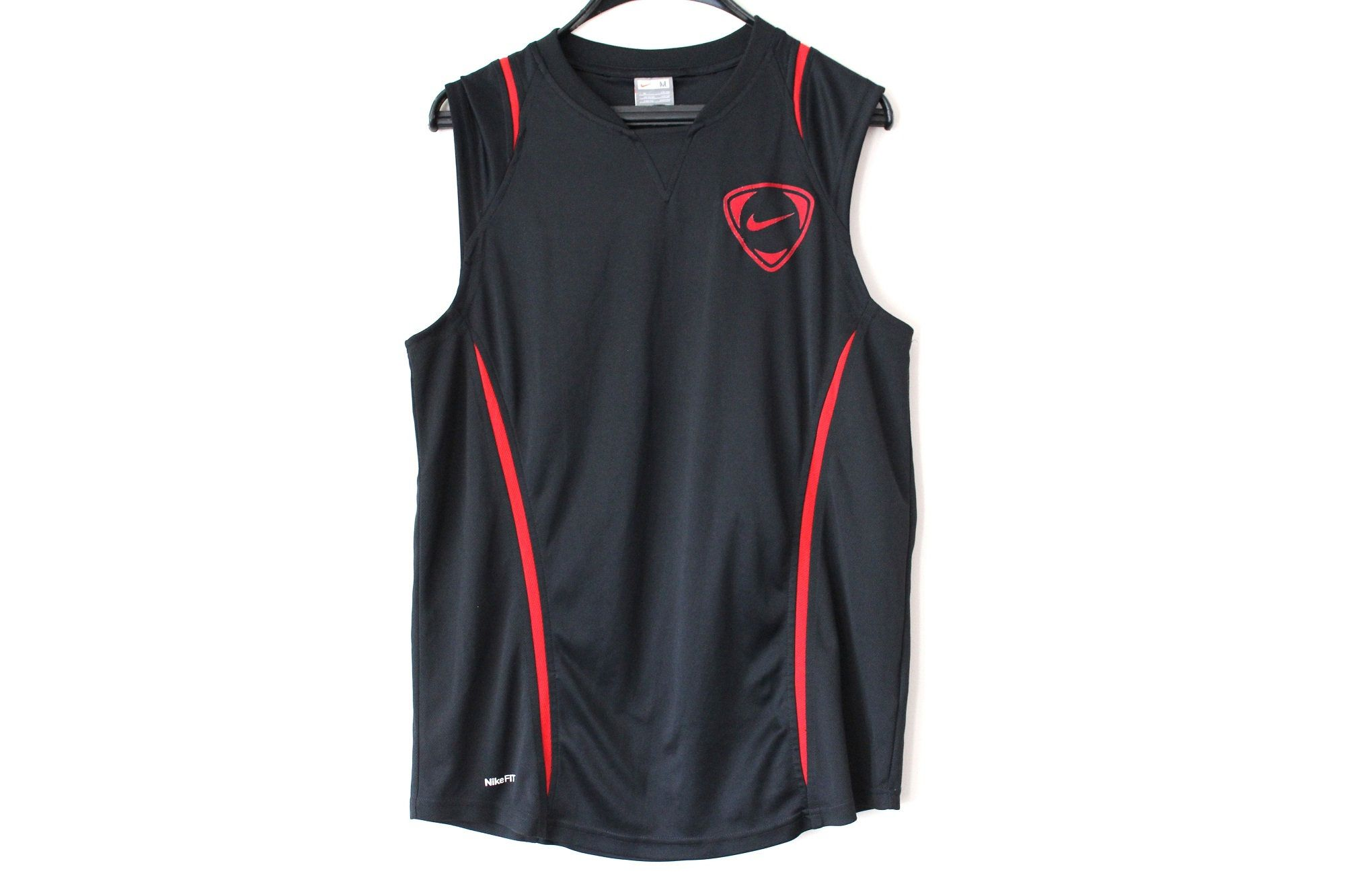 Nike Graphic T Shirt Men's Casual Clothing BlackRed