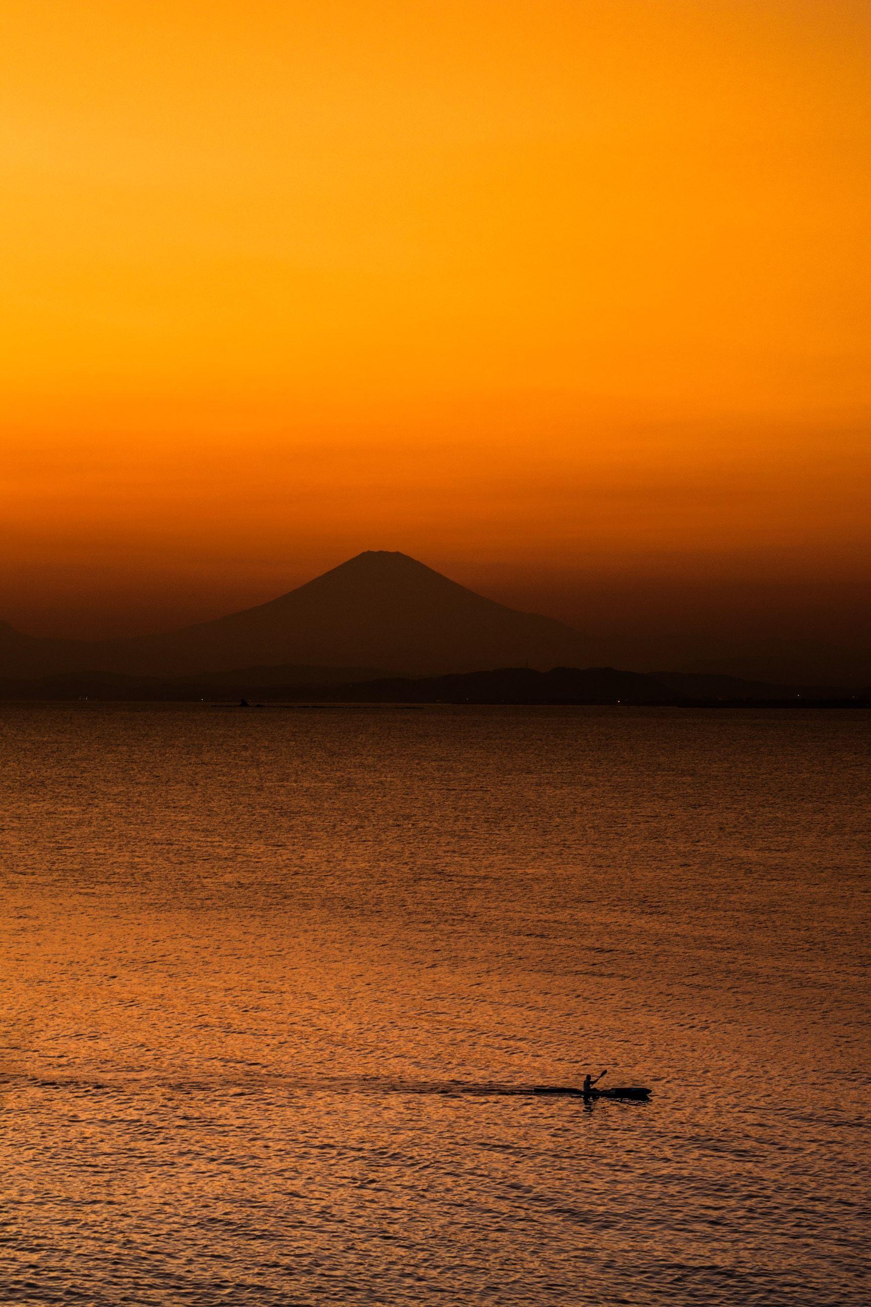 Photo by : George Yajima . Follow us for amazing posts! #PASHADELIC #FUJIdelic . . #ricoh #pentax #pentaxks1 #mtfuji #fujiyama #fujisan #富士山 #富士 #山 . #igers #ig_japan #japan #japan_of_insta #japanphoto #landscape #landscapephotography #mountain #mountains #mountainphotography #nature #naturephotography #photography #photooftheday